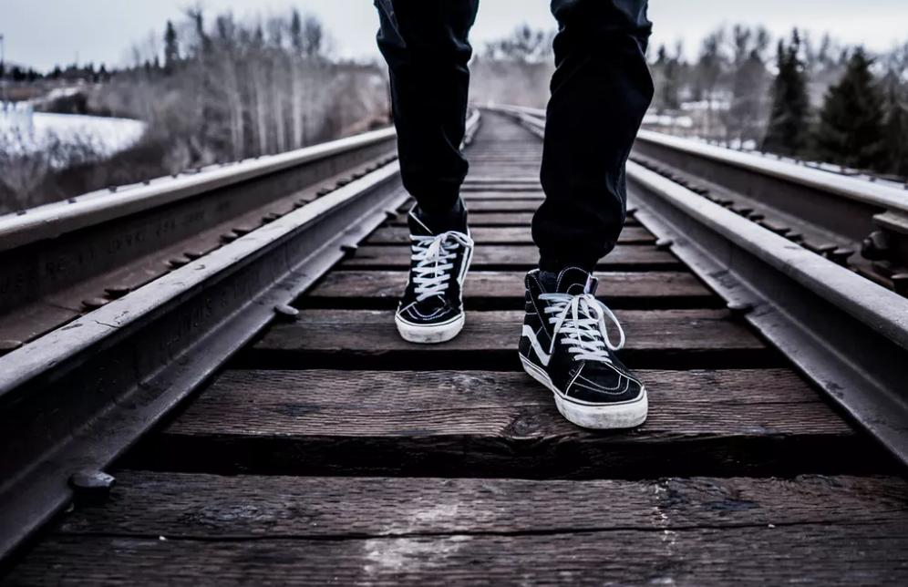 起業、副業したいなら、なんでもいいから最初の一歩を踏み出そう!